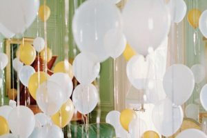 New-Years-Eve-party-balloons